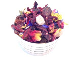 Herbata owocowa Złota Jesień (hibiskus, skórka róży, ananas, rodzynki, porzeczka, płatki róży, słonecznik, bławatek)